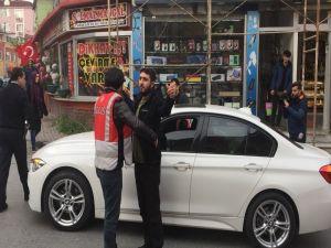 İstanbul'da Lüks Otomobilden Uyuşturucu Çıktı