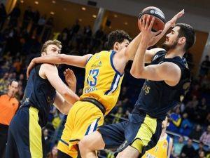 Fenerbahçe Doğuş Deplasmandan Galip Ayrıldı