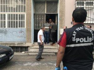 Bursa'da Evinde Boynun da Plastik Kelepçe Bırakılan Kadın Ölü Bulundu