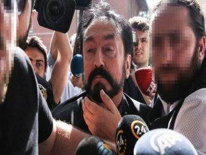 Adnan Oktar'a Büyük Şok : Suç Üstü Yakalandı