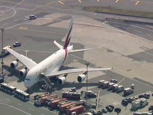 Yolcular Hastalanınca Uçak Karantinaya Alındı