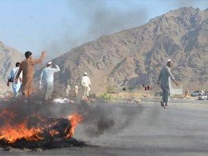 Afganistan'da İntihar Saldırısı 68 Ölü