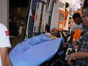 Küçük Çocuk Pompalı Tüfekle Motosikletli Adamı Yaraladı