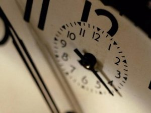 Saatler Geriye Alındımı? Şu An Saat Kaç?