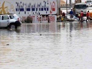 Suudi Arabistan'da Sel Felaketinde Çok Sayıda Ölü Var