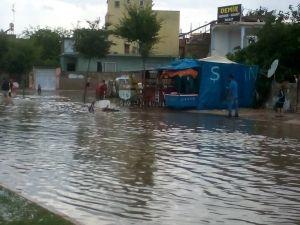 Adana'da Yağmur Etkili Oldu
