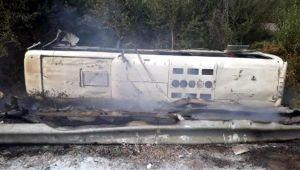 Aydın'da kaza yapan servis yandı: 44 yaralı