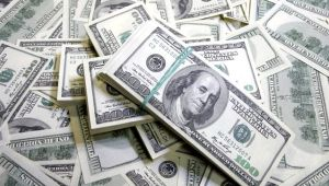 Dolar Uluslararası piyasalarda 5,72!