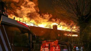 İki tekstil fabrikası yandı! Büyük hasar