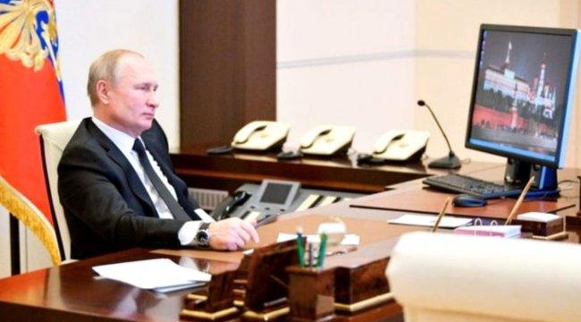 Putin'in Windows XP işletim sistemi kullandığı ortaya çıktı
