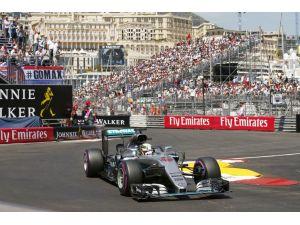 Monaco Caddelerinde Mercedes Amg Petronas Zaferi Yaşadı