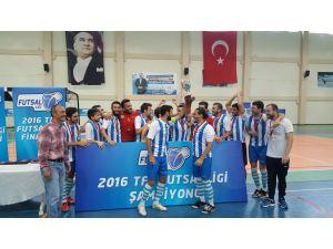 Tff Futsal Ligi'nde Şampiyon İstanbul Üniversitesi Oldu