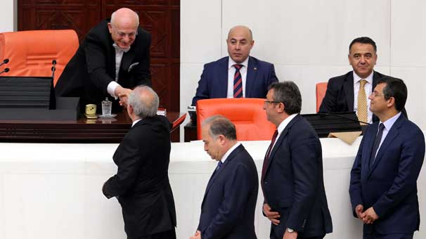 CHP'den Referandum desteği