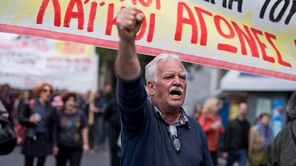 Yunanistan'da grev başladı, sınır kapıları kapandı