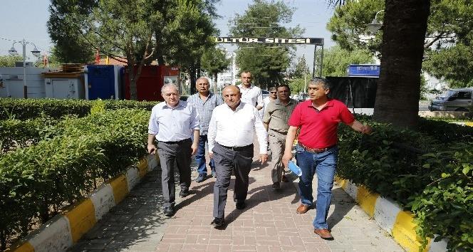 Çiğli Belediye Başkanı Hasan Arslan, site yönetimleriyle bir araya geldi