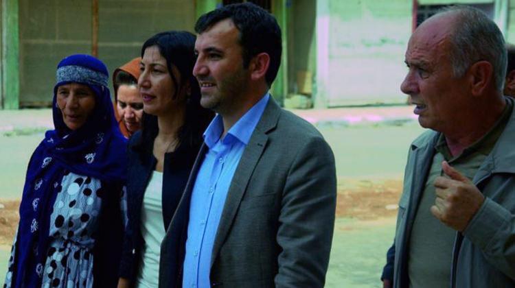 HDP'li Vekillere Halktan Tepki
